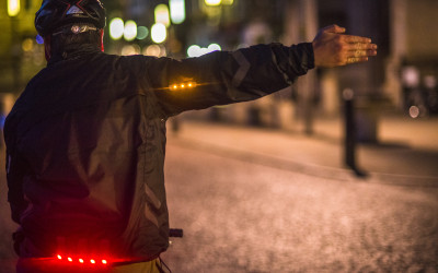 - Commuter-Jacket-black - action shot-400x250