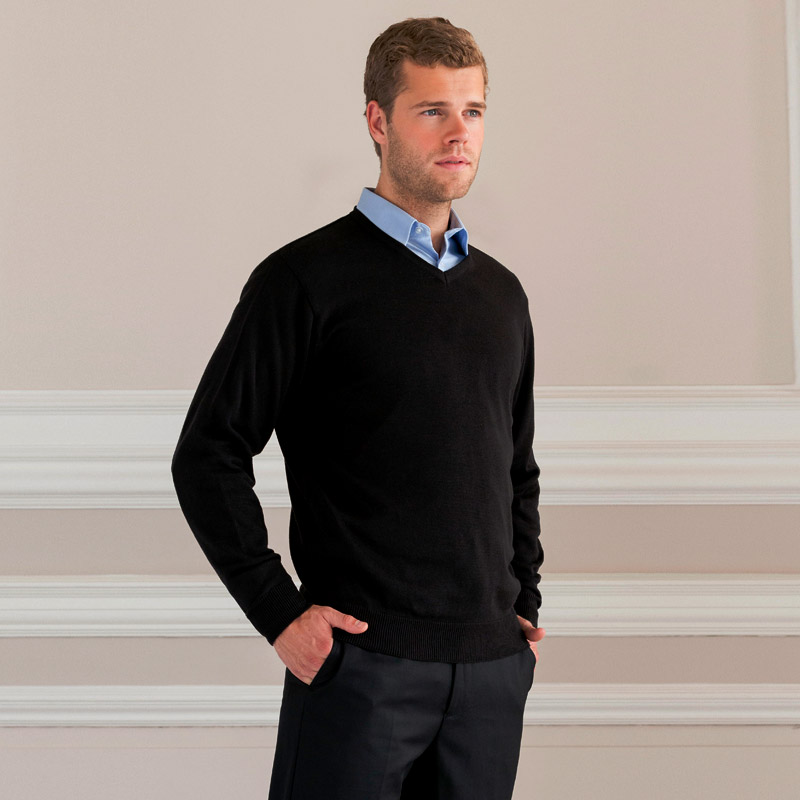 V-Neck Knitted Pullover-black